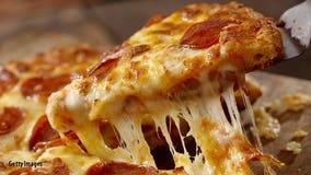 Pizza worker's viral slice stealing hack has customers worried