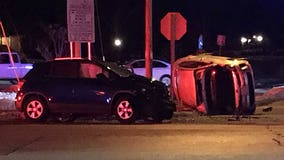 2-car crash near County Line, Green Bay Rds in Brown Deer; no serious injuries, police say