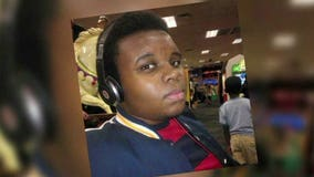 Michael Brown's mother seeks reopening of investigation