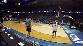 """""""How can you not love Milwaukee?"""" BMO Harris Bradley Center hosts NCAA Tourney games for the last time"""