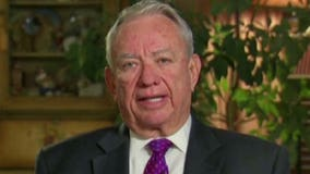 Tommy Thompson critical of how U.S. health officials have responded to the Ebola outbreak