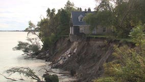 Lakeshore erosion leaves more homes hanging on the edge: 'It makes me want to cry'