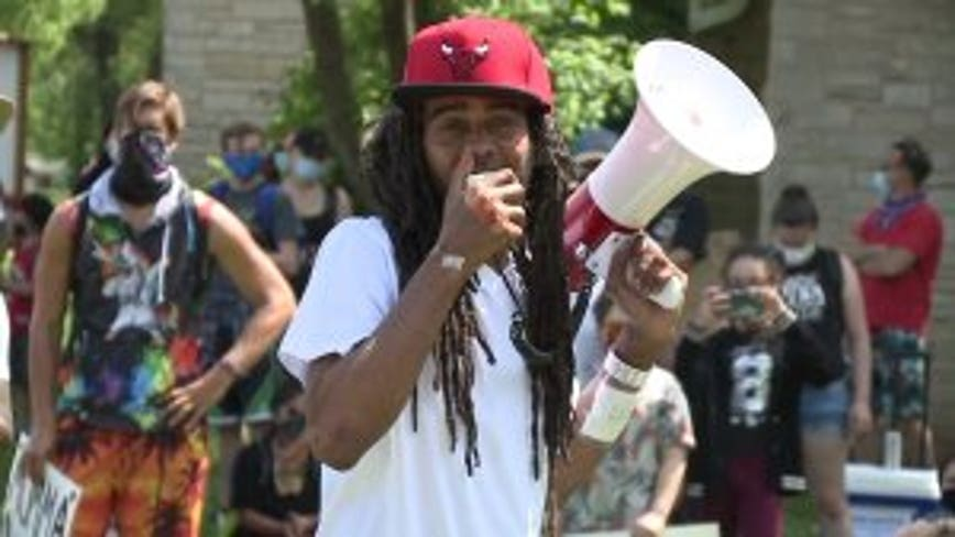 Frank Nitty jailed on disorderly conduct charge amid walk from Milwaukee to D.C.