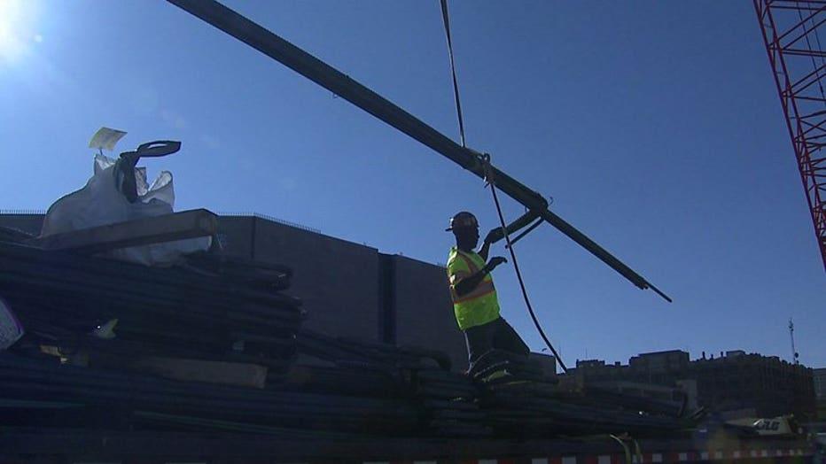 Construction on new Milwaukee Bucks arena