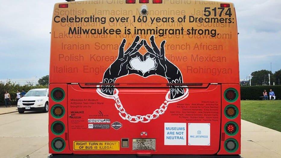 Milwaukee Art Museum sponsored advertisement on a Milwaukee County Transit System bus