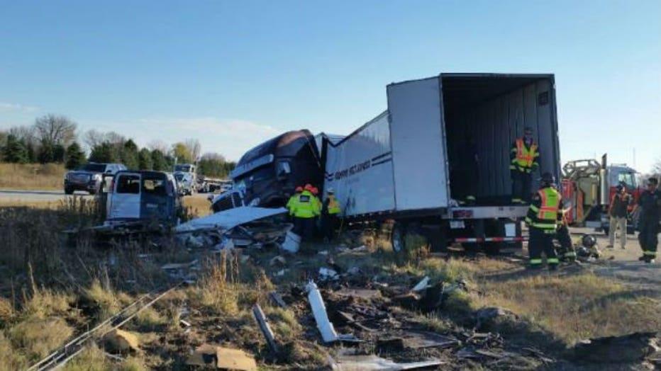 Crash on I-43 SB in Ozaukee County