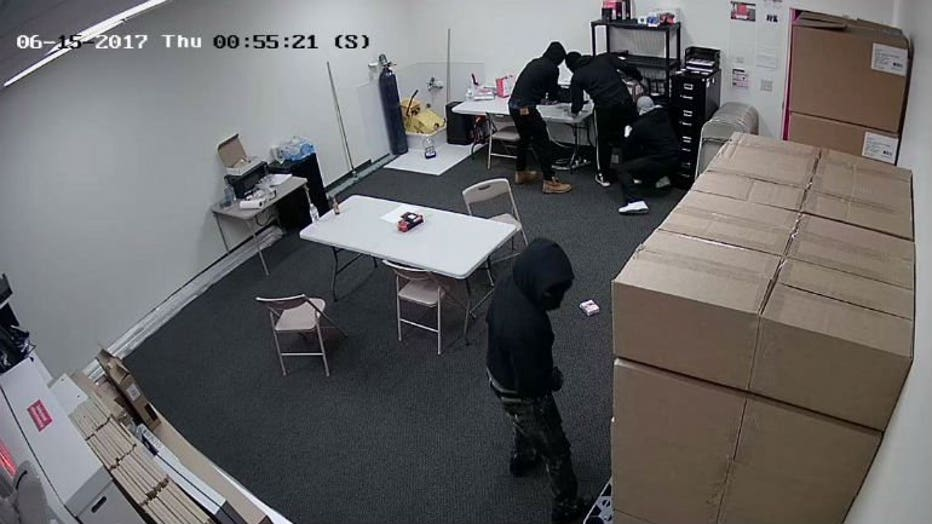 Pleasant Prairie cell phone store theft