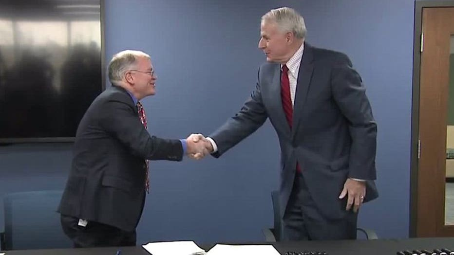 Mayors Tom Barrett, Shawn Reilly sign Great Water Alliance