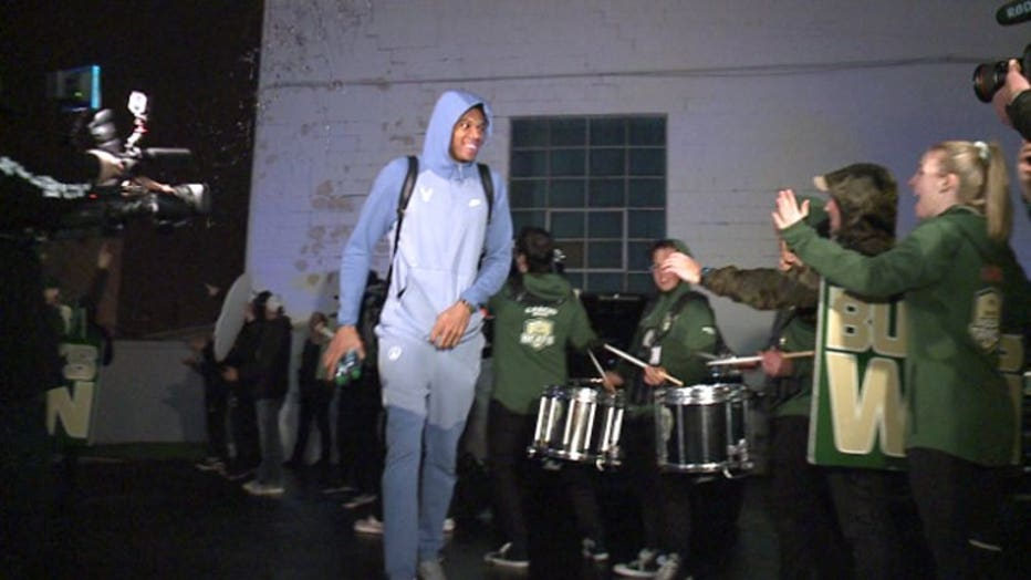 Bucks' fans welcome team home after Round 1 sweep of Detroit