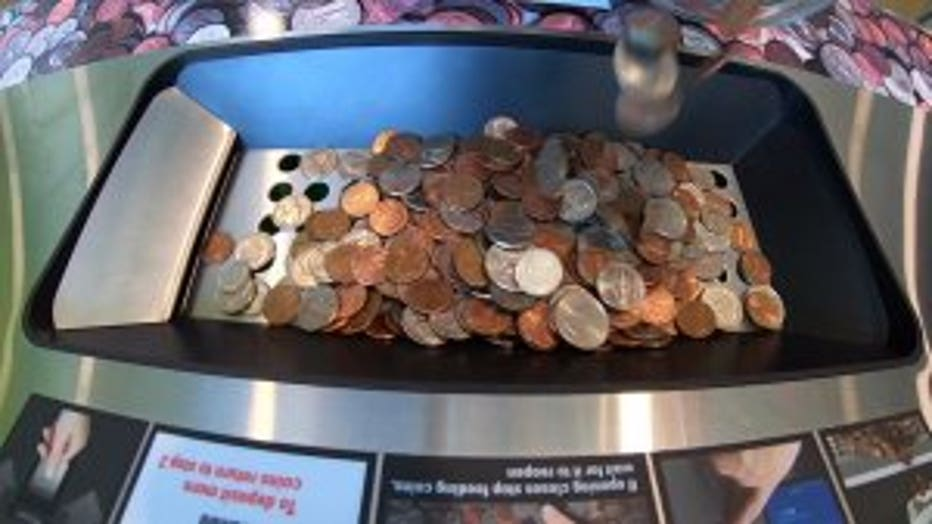 Coin Shortage Prompts Bank To Pay You For Spare Change It Has Never Happened Before