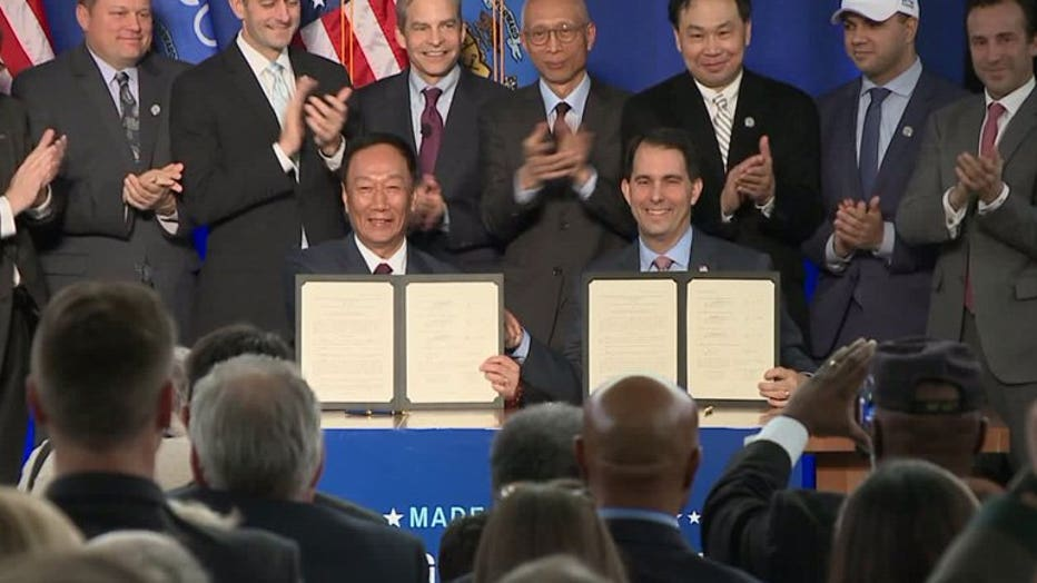 Foxconn deal signed at SC Johnson in Racine