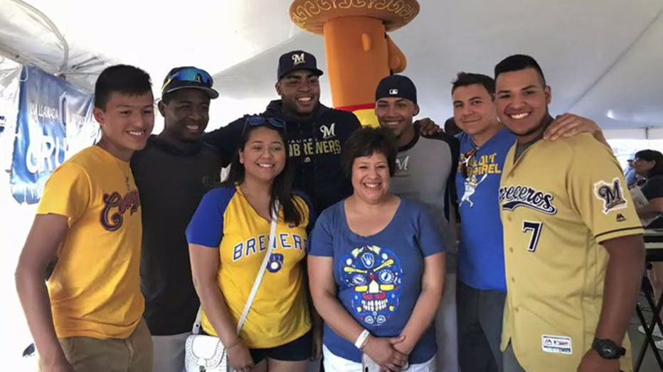 Brewers' Orlando Arcia, Jesus Aguilar surprised fans at Cerveceros Tailgate