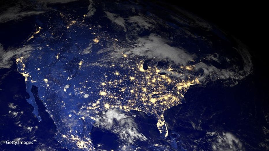 GettyImages-185205392 Earth at night