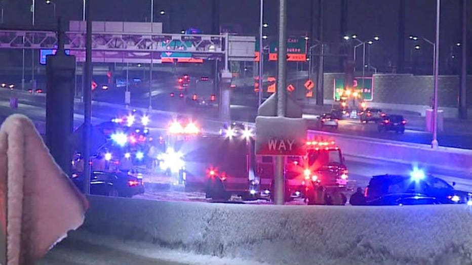 9-vehicle crash temporarily closes portion of I-41 near Greenfield Avenue