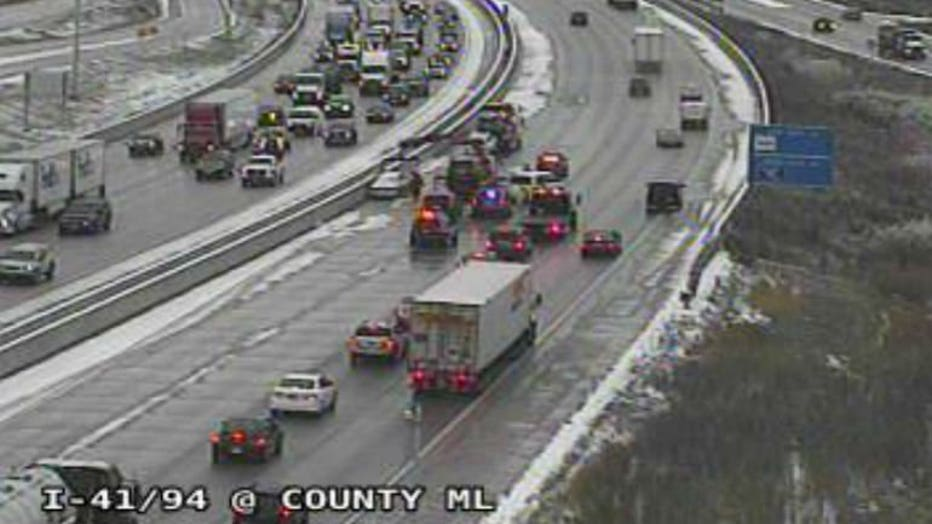 Multi-vehicle crash on I-94 eastbound near 122nd Street in Pleasant Prairie