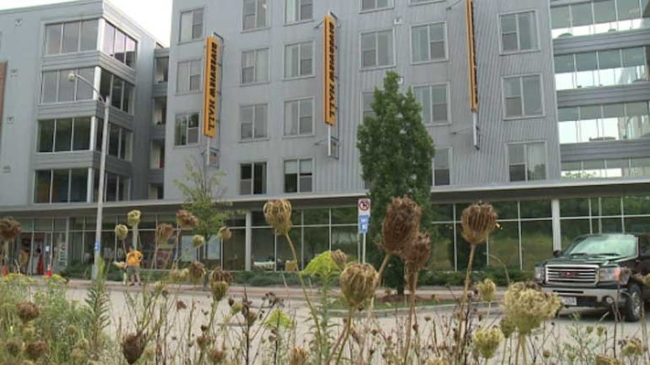 3,000 freshman will move into the UWM campus over the next week