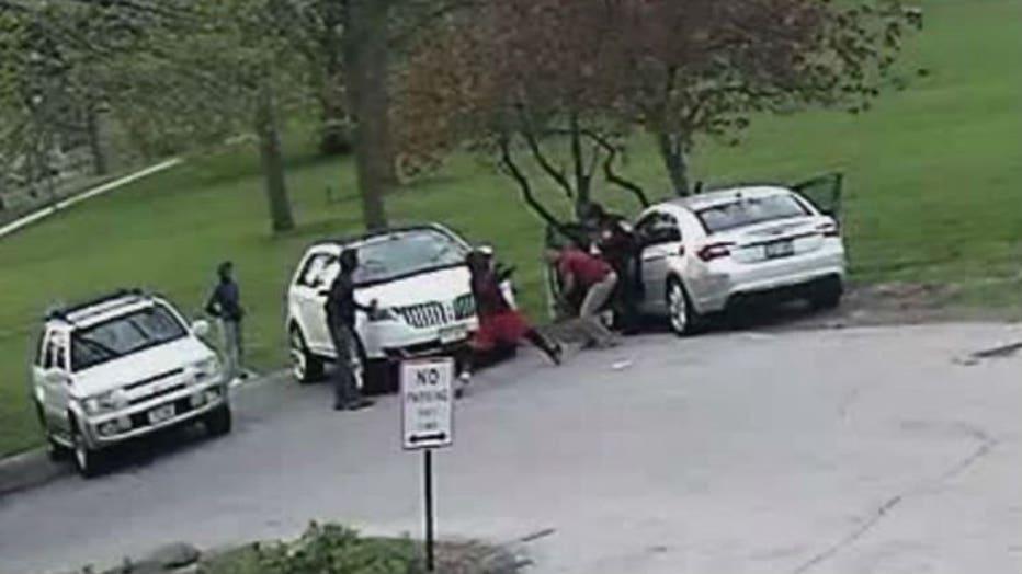 Man attacked in Washington Park