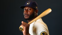 Brewers CF Cain has no regrets about opting out last season