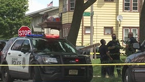 1 pronounced dead at hospital after double shooting near 15th and Hadley