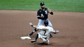 Brewers threatened in 8th, 9th, but couldn't tie game; White Sox win 3-2