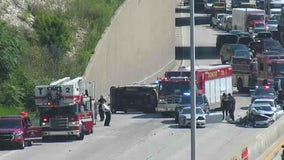 All lanes now open: Multi-vehicle rollover crash temporarily shut down I-94 WB at 27th Street