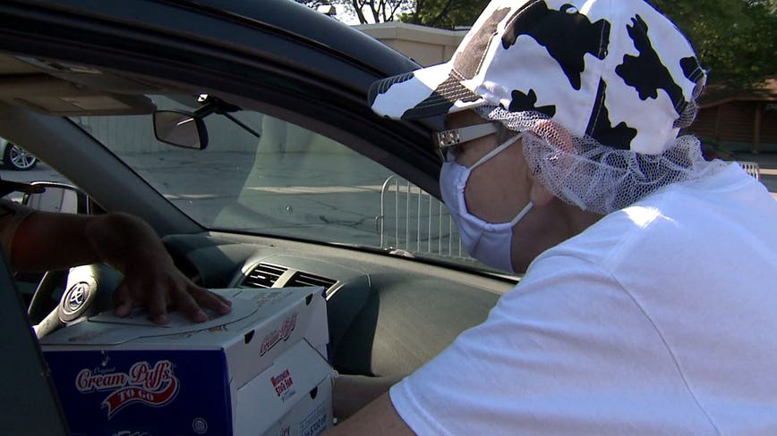 Cream Puff drive-thru brings normalcy to would-be Wisconsin State Fair goers