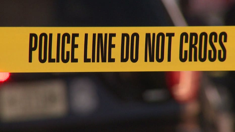 Milwaukee police line do not cross