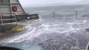Choppy waters make for 'insane' ride on Washington State Ferry
