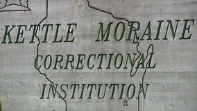 With 400+ COVID cases at Kettle Moraine prison, group seeks release