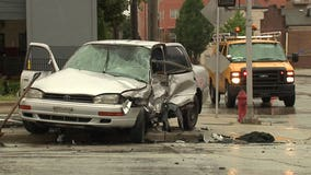 2 hurt in crash after driver ran red light near 16th and Pierce