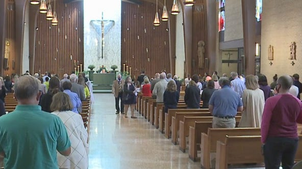Catholics expected at Mass if comfortable for 1st time since COVID