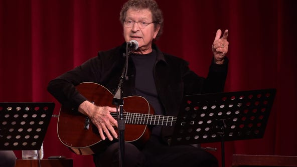 Country star, hit Elvis songwriter Mac Davis dies at 78