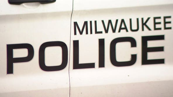 Milwaukee police: 45-year-old man shot, wounded; suspects sought