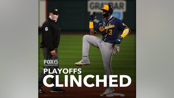 Cardinals beat Brewers, both clinch postseason berths