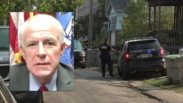 Milwaukee Mayor Tom Barrett's budget plan cuts 120 police officers