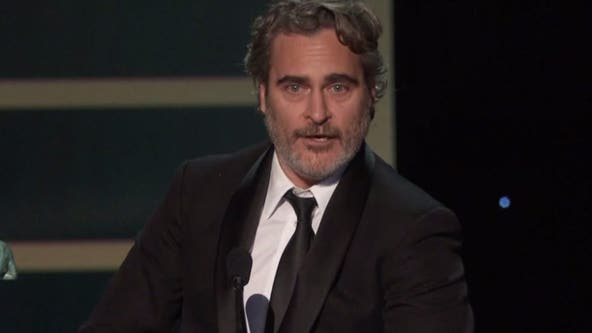 Director: Joaquin Phoenix, Rooney Mara have 'beautiful son named River'