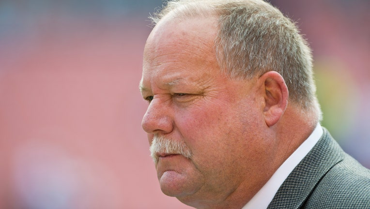 CLEVELAND, OH - OCTOBER 14: President Mike Holmgren of the Cleveland Browns on the sidelines before the game against the Cincinnati Bengals at Cleveland Browns Stadium on October 14, 2012 in Cleveland, Ohio. (Photo by Jason Miller/Getty Images)