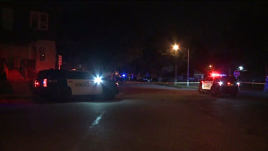 2 women, man wounded after triple shooting in Milwaukee