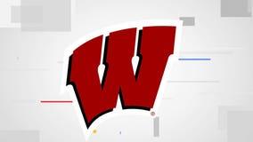 Wisconsin wallops Illinois 45-7 in season opener