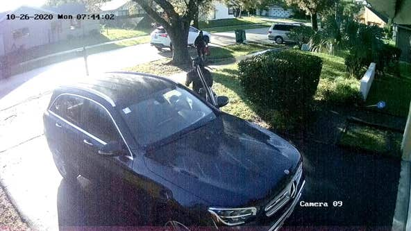 VIDEO: Armed robbers ambush Florida woman, force her into home at gunpoint