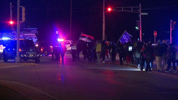 Activists march from Kenosha to Milwaukee to encourage early voting