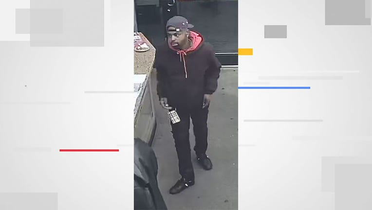 Suspect in armed robbery near 40th and Lisbon in Milwaukee