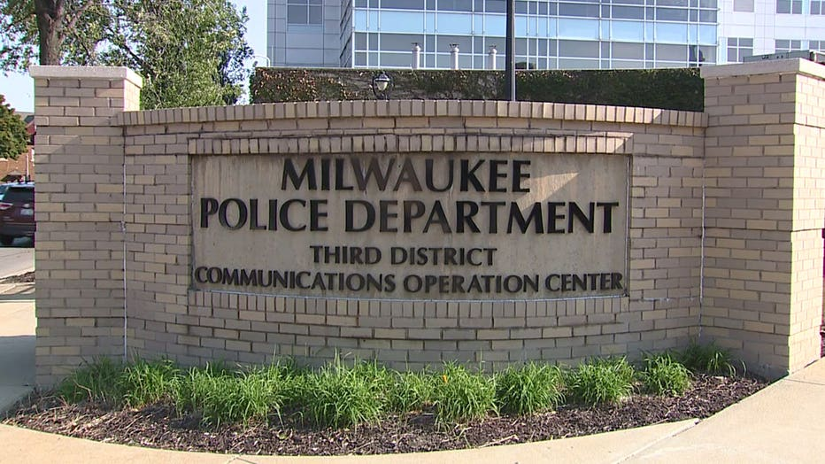 Milwaukee Police Department Communications Operation Center