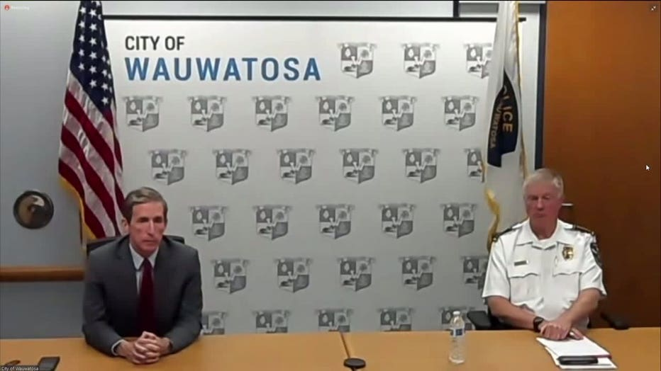 Wauwatosa Mayor Dennis McBride, Police Chief Barry Weber
