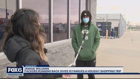 Packers' Jamaal Williams spreads smiles with shopping spree