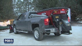 Plows out as snow falls in Waukesha County
