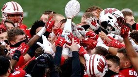 Ball drop: Badgers win Duke's Mayo Bowl, break trophy