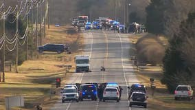White box truck playing audio 'similar' to RV in Nashville explosion shuts down TN highway