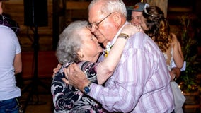 Couple dies from COVID-19 holding hands after 61 years of marriage