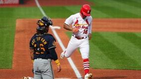 Report: Brewers sign second baseman Kolten Wong